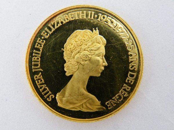 $ 100 Canada